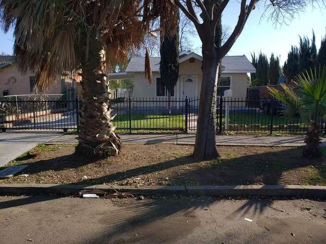 2130 E Hedges Avenue, Fresno, CA 93703 (#555158) :: FresYes Realty