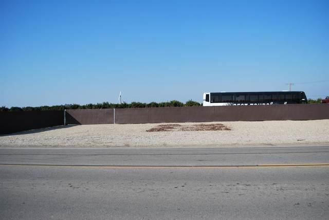 12844 E Mckinley Avenue Corne, Sanger, CA 93657 (#555166) :: Raymer Realty Group