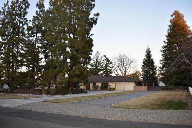 7818 N Leonard Avenue, Clovis, CA 93619 (#555187) :: CENTURY 21 Jordan-Link & Co.