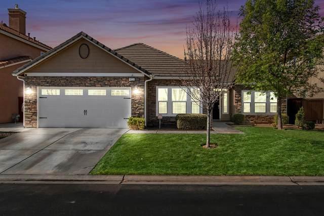 4121 N Del Rey Avenue, Clovis, CA 93619 (#555377) :: Raymer Realty Group
