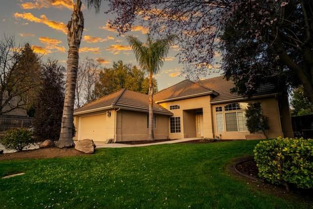 9368 N Jackson Avenue, Fresno, CA 93720 (#555437) :: Your Fresno Realty | RE/MAX Gold