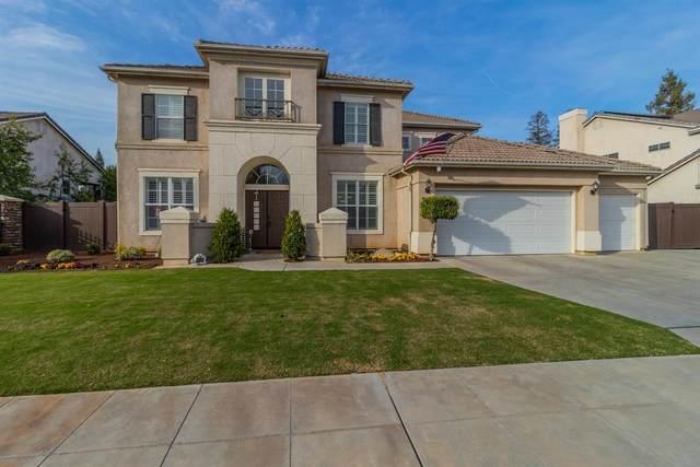 2696 E Deyoung Drive, Fresno, CA 93720 (#555560) :: Your Fresno Realty | RE/MAX Gold