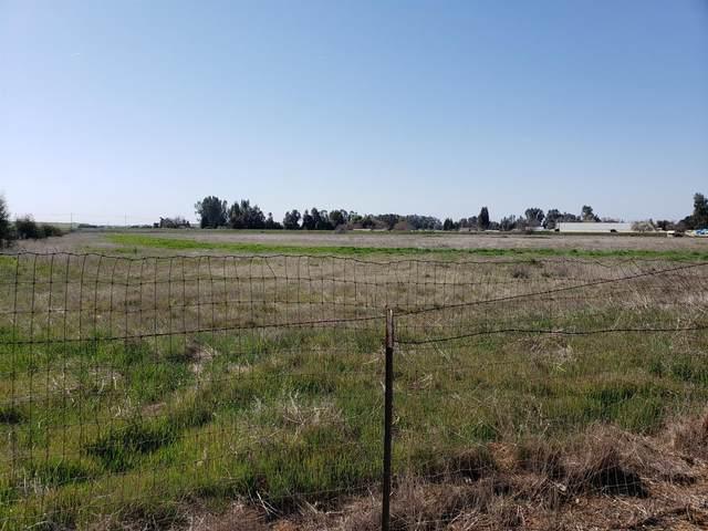 6241 E Copper Avenue, Clovis, CA 93619 (#555923) :: Your Fresno Realty | RE/MAX Gold