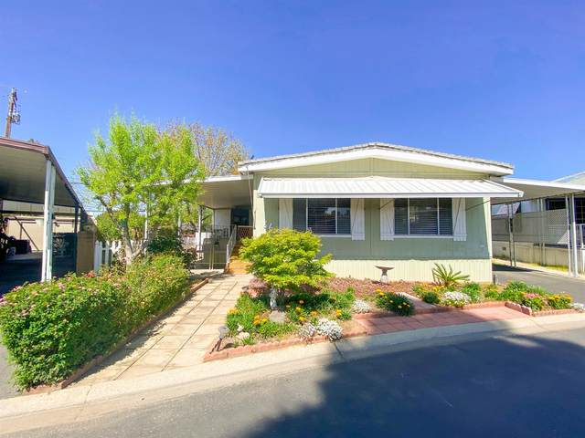 2706 W Ashlan Avenue Sp 66, Fresno, CA 93705 (#557060) :: Raymer Realty Group
