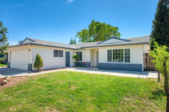 1147 W Pinedale Avenue, Fresno, CA 93711 (#557205) :: Raymer Realty Group