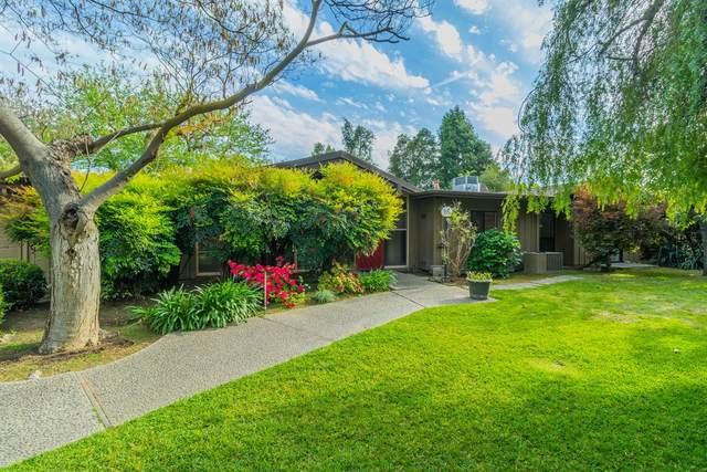 1015 W Alamos Avenue, Fresno, CA 93705 (#557390) :: Raymer Realty Group