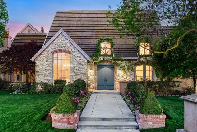 2207 W Spruce Avenue, Fresno, CA 93711 (#557444) :: Twiss Realty