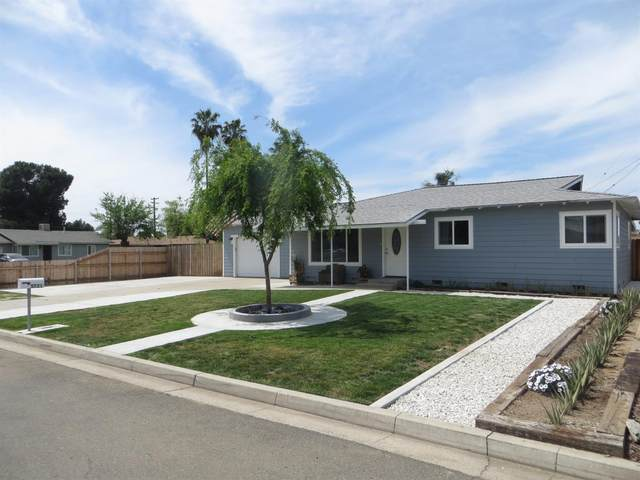 5721 E Siverly Lane, Fresno, CA 93727 (#557480) :: Raymer Realty Group