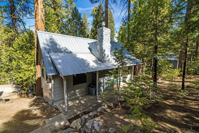 41950 Nuthatch Lane, Shaver Lake, CA 93664 (#557582) :: Your Fresno Realty | RE/MAX Gold