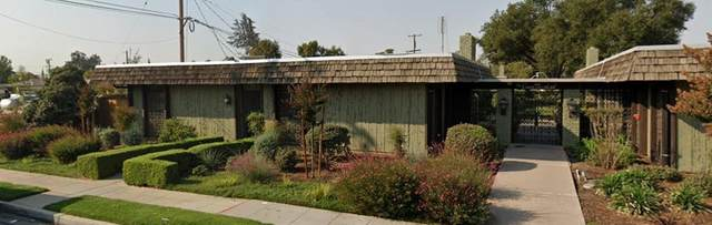 3677 N Fruit Avenue A, Fresno, CA 93705 (#557617) :: Your Fresno Realty | RE/MAX Gold