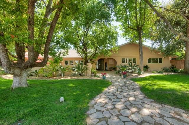 6086 N Lafayette Avenue, Fresno, CA 93711 (#557660) :: Twiss Realty