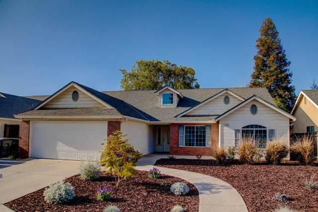 1794 E Brandywine Lane, Fresno, CA 93720 (#557709) :: Your Fresno Realty | RE/MAX Gold