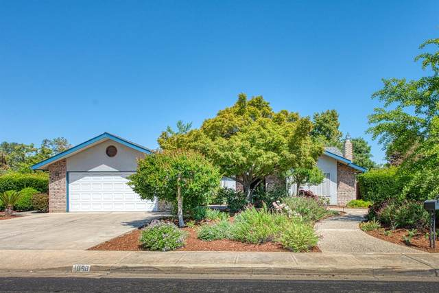 1090 N Vermont, Dinuba, CA 93618 (#558823) :: Raymer Realty Group
