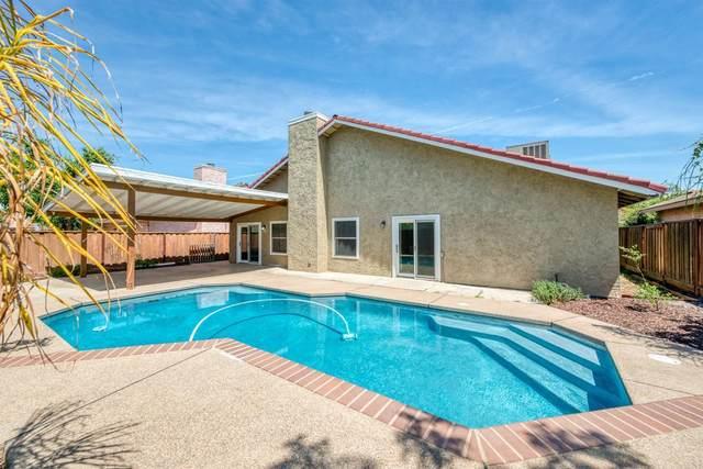 3305 N Berlin Avenue, Fresno, CA 93722 (#558929) :: Raymer Realty Group