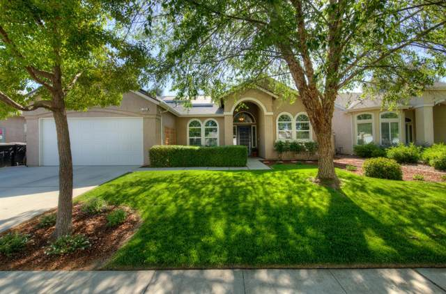 156 N Lindsay, Visalia, CA 93291 (#558979) :: Raymer Realty Group