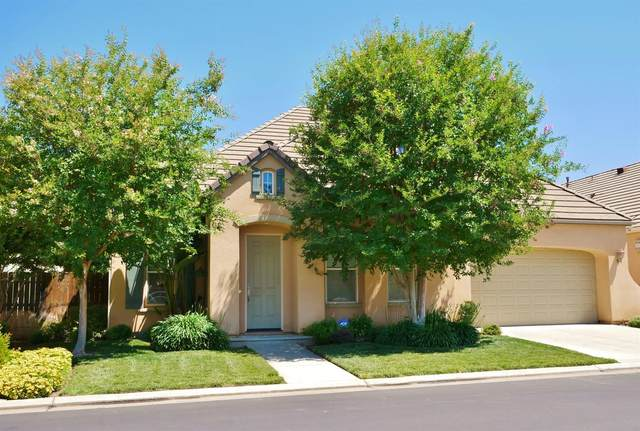 77 W Lester Avenue, Clovis, CA 93619 (#560135) :: Raymer Realty Group