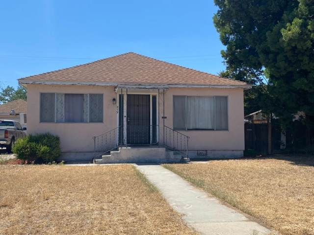 479 N Bates Avenue, Dinuba, CA 93618 (#560650) :: Twiss Realty