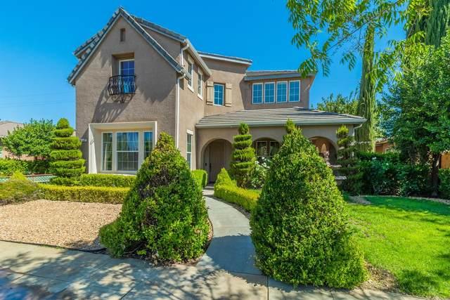 3061 Serena Avenue, Clovis, CA 93619 (#560985) :: Twiss Realty