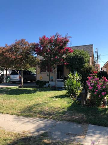 313 S 6th Street, Fowler, CA 93625 (#561059) :: Raymer Realty Group