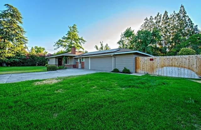 4574 N Teilman Avenue, Fresno, CA 93705 (#561178) :: Raymer Realty Group