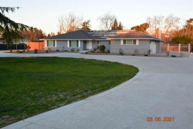 830 Palmer Circle, Lemoore, CA 93245 (#561185) :: Raymer Realty Group
