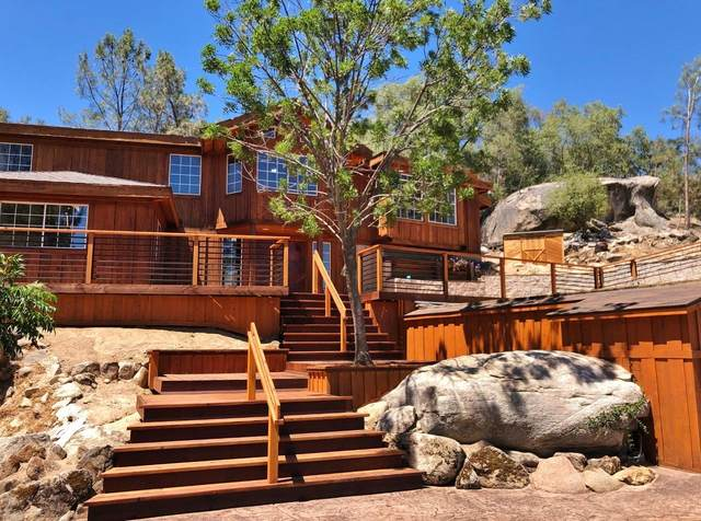 42247 Long Hollow Drive, Coarsegold, CA 93614 (#561237) :: Raymer Realty Group