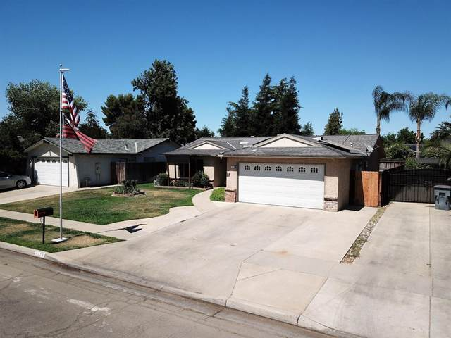 7378 N Thorne Avenue, Fresno, CA 93711 (#561380) :: Raymer Realty Group