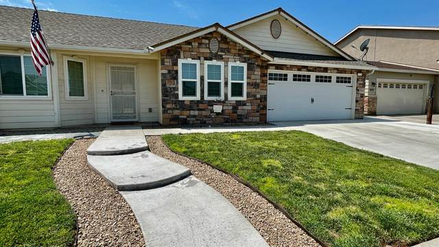 6775 E Townsend Avenue, Fresno, CA 93727 (#561407) :: Raymer Realty Group