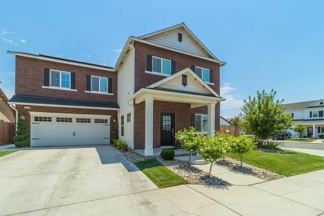 2163 San Marino Avenue, Clovis, CA 93619 (#561543) :: Raymer Realty Group