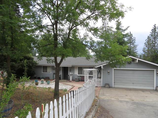 49771 Pierce Place, Oakhurst, CA 93644 (#561615) :: Raymer Realty Group