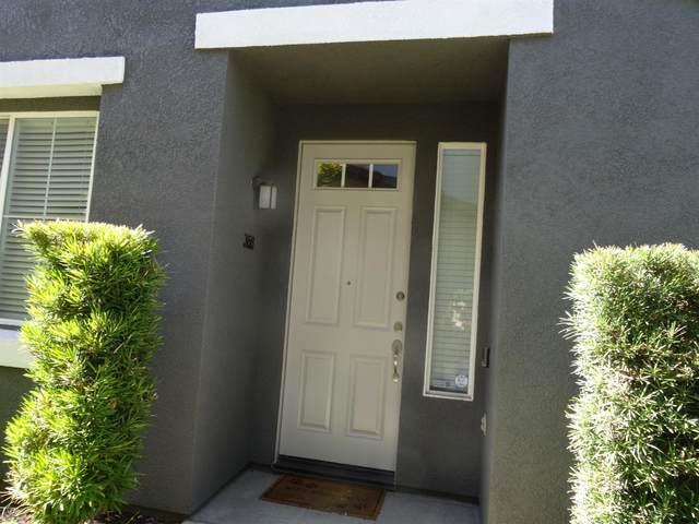 368 N Raphael Lane, Clovis, CA 93611 (#561625) :: Raymer Realty Group