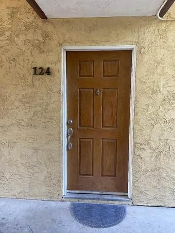 2909 N Huntington Boulevard #124, Fresno, CA 93721 (#562337) :: Raymer Realty Group