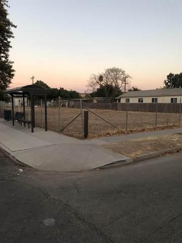 4120 E Calwa Avenue, Fresno, CA 93725 (#562542) :: Raymer Realty Group