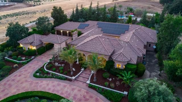 19811 Ventana Hills Drive, Clovis, CA 93619 (#562592) :: Raymer Realty Group