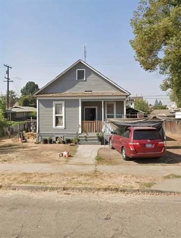 2455 C Street, Selma, CA 93662 (#563060) :: Raymer Realty Group