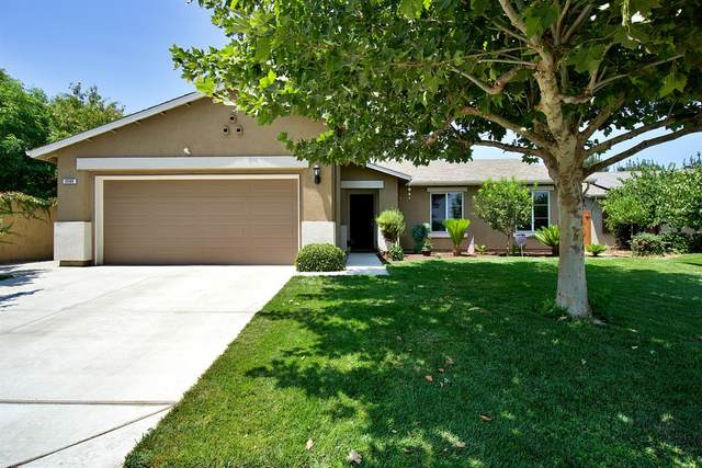 2560 S Adrian Avenue, Fresno, CA 93725 (#563086) :: Raymer Realty Group
