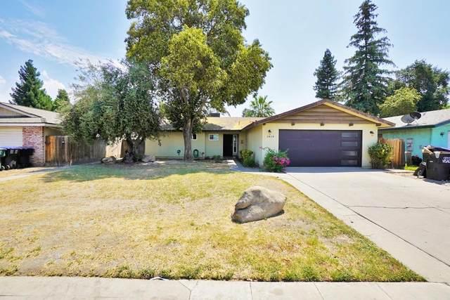 1818 S Demaree Street, Visalia, CA 93291 (#563328) :: Raymer Realty Group