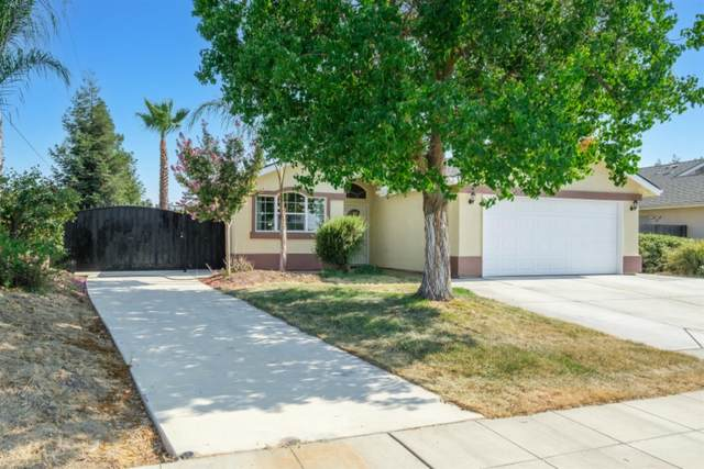 430 Pine Street, Parlier, CA 93648 (#563409) :: Raymer Realty Group