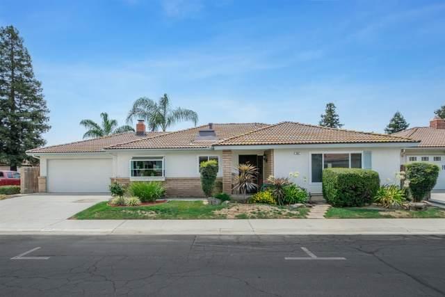 943 E Goshen Avenue, Fresno, CA 93720 (#563670) :: Raymer Realty Group