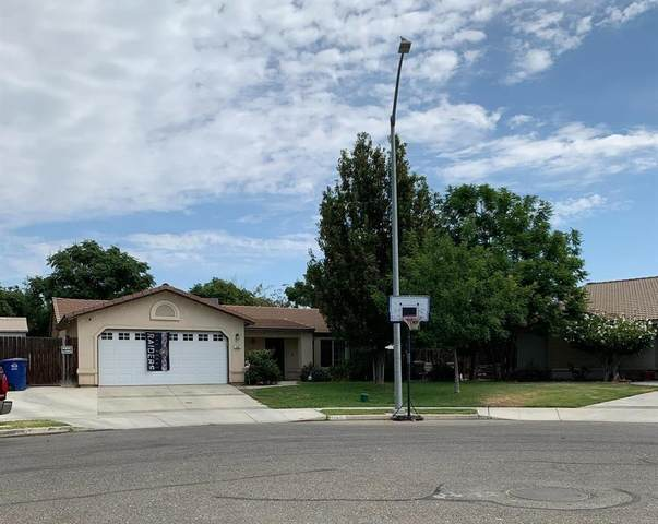 240 S Kenneth Avenue, Kerman, CA 93630 (#563702) :: Raymer Realty Group
