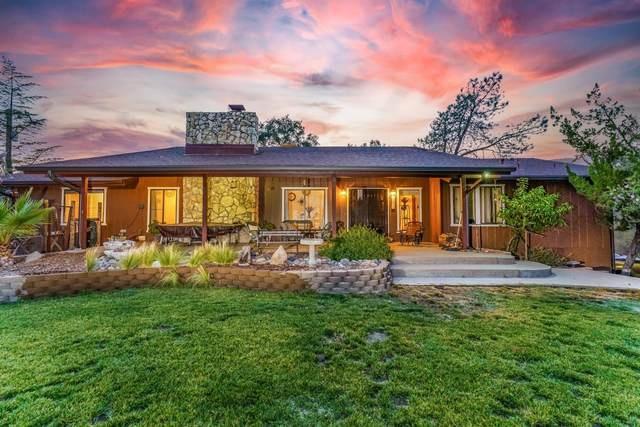 29839 Yosemite Springs Pkwy, Coarsegold, CA 93614 (#563835) :: Raymer Realty Group