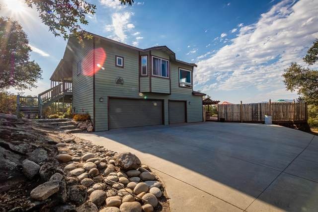 47874 Willow Pond Road, Coarsegold, CA 93614 (#563851) :: Raymer Realty Group
