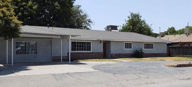 13565 S Raider Avenue, Caruthers, CA 93609 (#563879) :: Raymer Realty Group