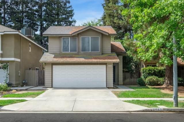 2085 W Warner Avenue, Fresno, CA 93711 (#563940) :: Raymer Realty Group