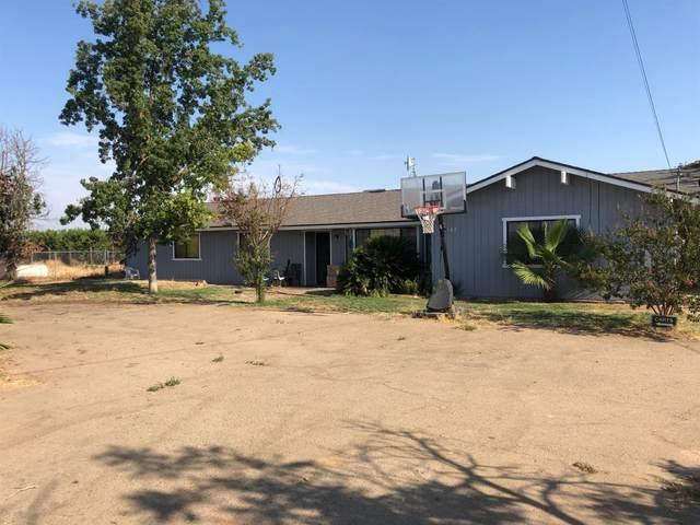 19107 Goodfellow Avenue, Reedley, CA 93654 (#563964) :: Raymer Realty Group