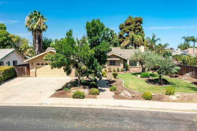 1216 Oxford Way, Hanford, CA 93230 (#564008) :: Raymer Realty Group