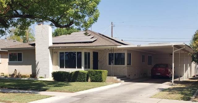 3217 E Austin Way, Fresno, CA 93726 (#564067) :: Raymer Realty Group