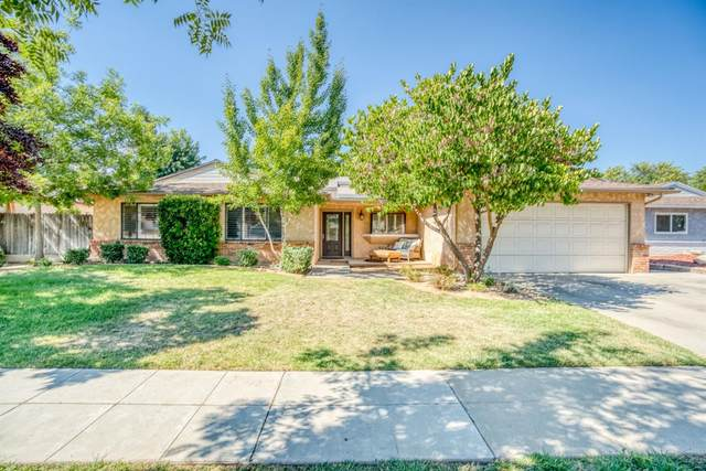 1440 W Spruce, Fresno, CA 93711 (#564098) :: Raymer Realty Group