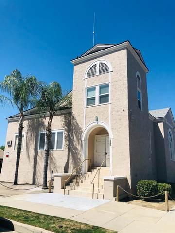 1295 N Harrison Avenue, Fresno, CA 93728 (#564469) :: Raymer Realty Group