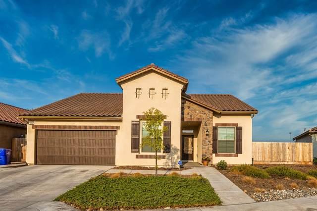 994 S Orangewood Drive, Fresno, CA 93727 (#566596) :: Raymer Realty Group